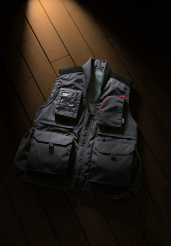 CAPA_VEST_3A8A1277_marged_mini.jpg